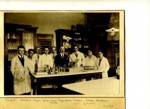 Photo laboratoire 11 juin 1930
